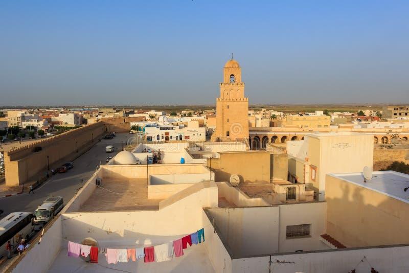 Grande mosquée de Sidi Oqba dans Kairouan, Tunisie photos stock