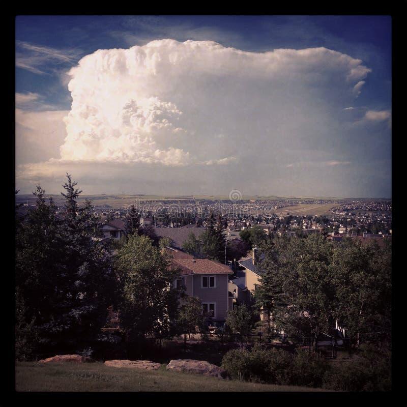 Grande nuvem de tempestade do verão fotos de stock royalty free