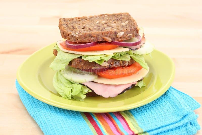 Download Grande panino immagine stock. Immagine di alimento, pane - 3875179