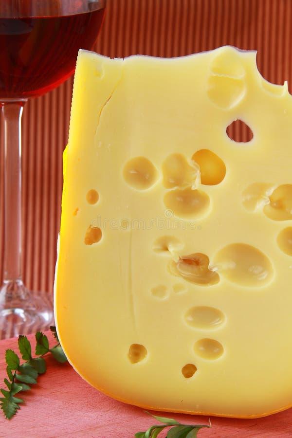 Grande parte de variedades Maasdam do queijo fotografia de stock royalty free