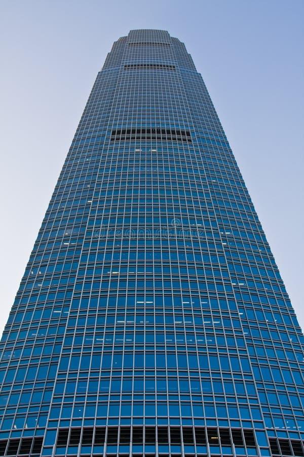 Grande parte dianteira do arranha-céus fotografia de stock royalty free