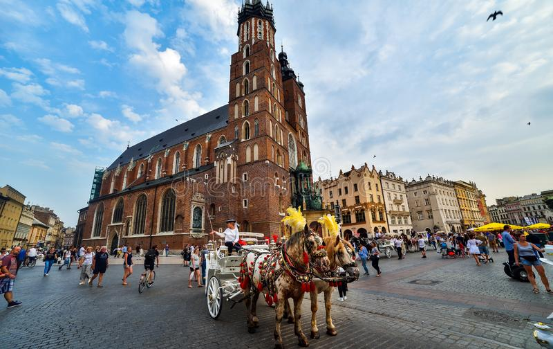 Grande place à Cracovie image stock