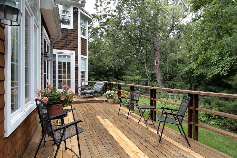 Grande plataforma de madeira da HOME luxuosa foto de stock