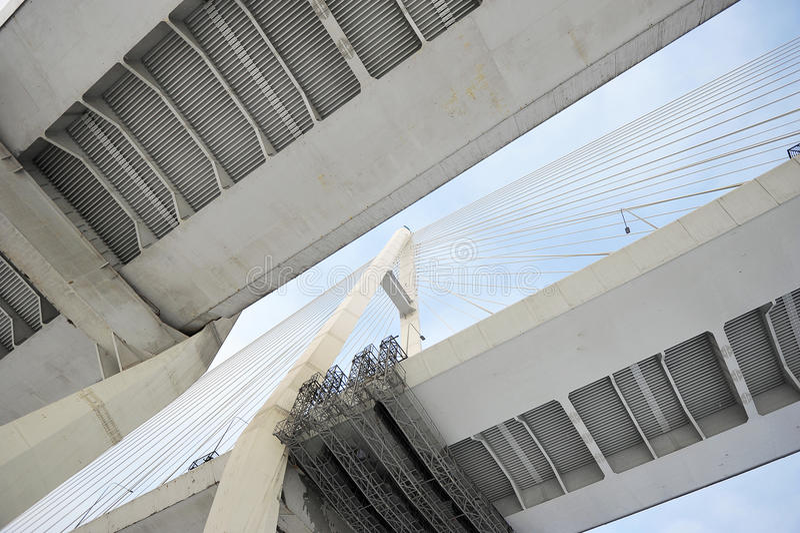 Grande ponte di Obukhovsky (cavo-restato) fotografia stock