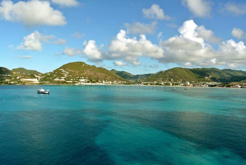 Grande porto della baia in st Maarten fotografie stock libere da diritti