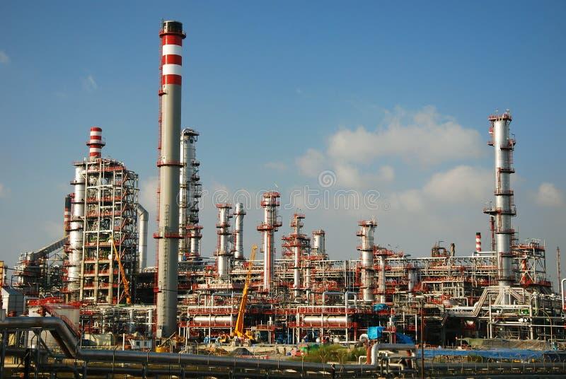 Grande raffineria della fabbrica - industriale, petrolio e gas. immagini stock