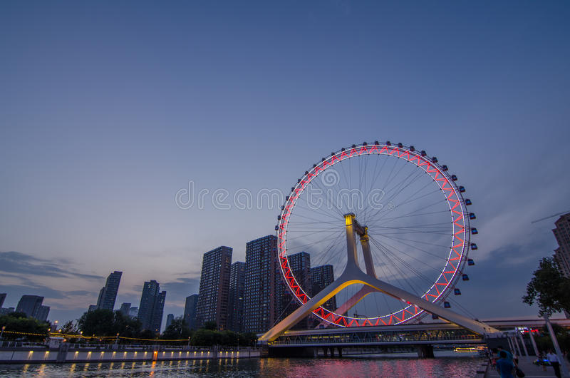 Grande roue d'oeil de Paysage-Tianjin de ville de Tianjin image stock