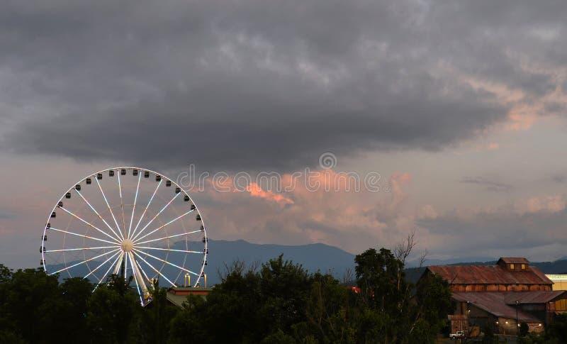 Grande roue dans la forge Tennessee de piegon photographie stock libre de droits