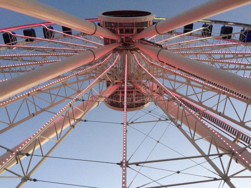 Grande roue dans le pilier de marine photo libre de droits