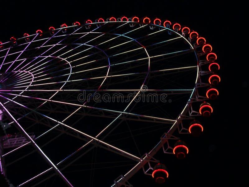 Grande roue sous le ciel nocturne de danang Vietnam image libre de droits