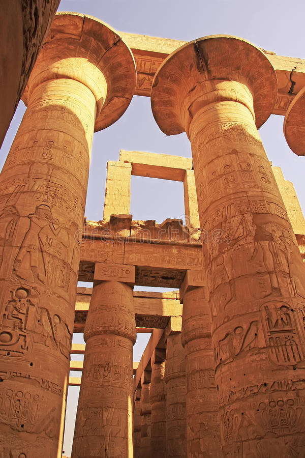 Grande Salão hipostilo, complexo do templo de Karnak, Luxor imagens de stock