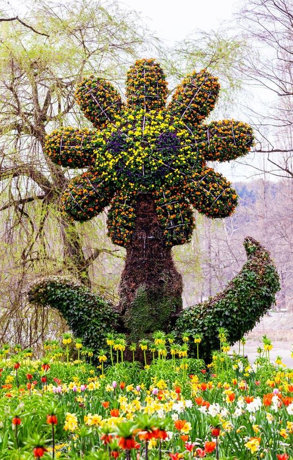 Grande scultura del fiore all'isola di Mainau immagini stock libere da diritti