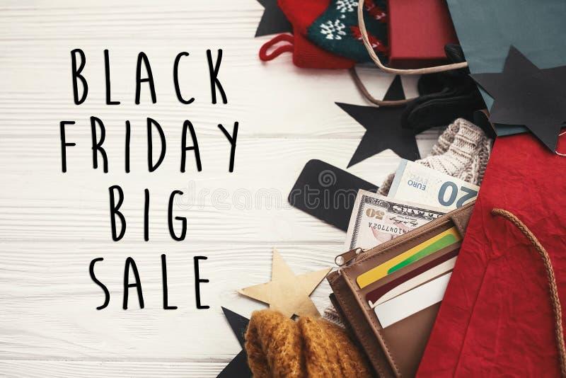 Grande segno del testo di vendita di Black Friday Offe di natale di sconto speciale immagini stock libere da diritti