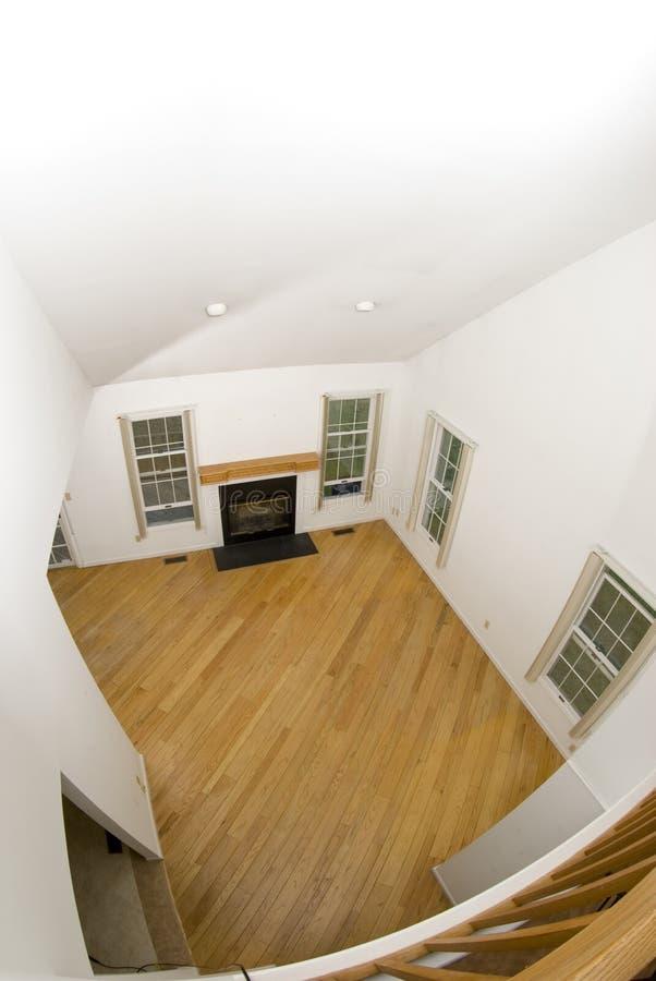 Grande stanza in condominio vuoto fotografie stock