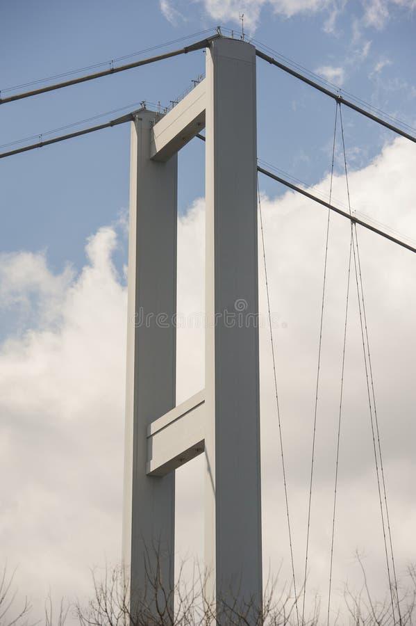 Grande struttura di sostegno del ponte sospeso fotografia stock