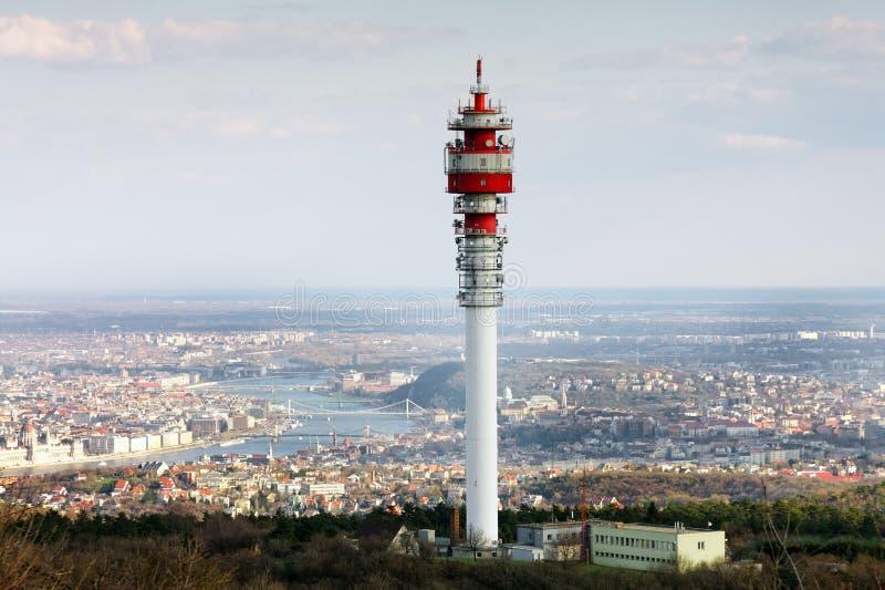 Download Grande Torre Della Trasmissione Fotografia Stock - Immagine di mobile, piatto: 30827492