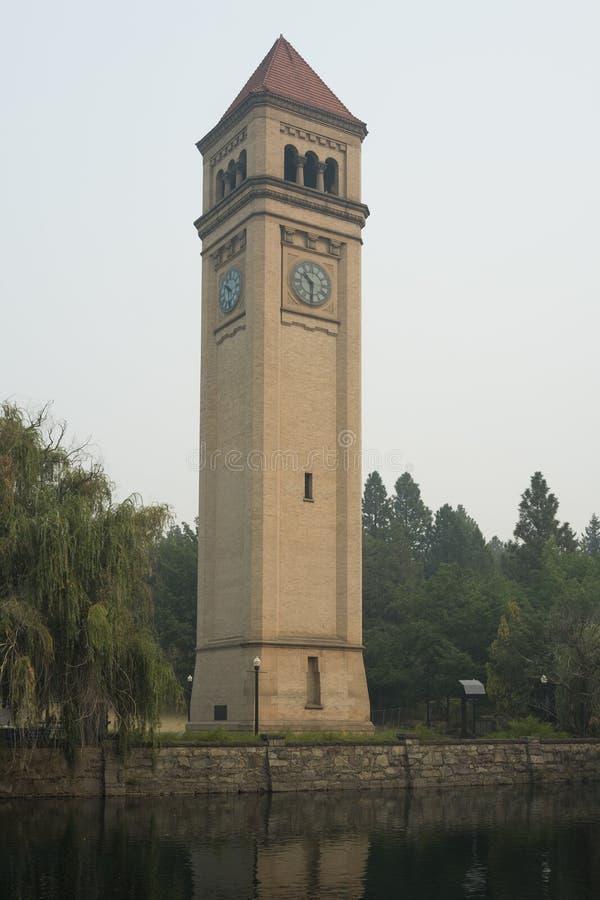 Grande torre di orologio ferroviaria nordica a Spokane fotografia stock libera da diritti
