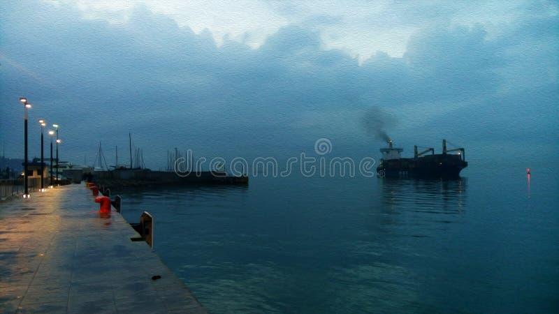 Grande vecchia nave da carico alla notte fotografie stock
