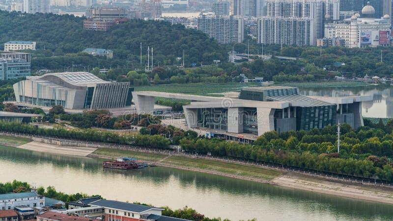 Grande vista aerea del teatro dell'opera del teatro di Qintai a Wuhan Cina fotografia stock