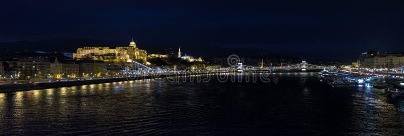 Grande vista panorâmica de Buda Castle Royal Palace imagens de stock