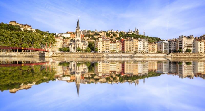Grande vista panoramica di Lione con il fiume Saona immagine stock