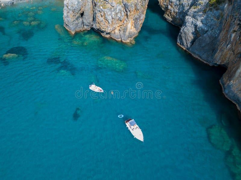 Grande voûte, vue aérienne, roche de voûte, Arco Magno et plage, San Nicola Arcella, province de Cosenza, Calabre, Italie images stock
