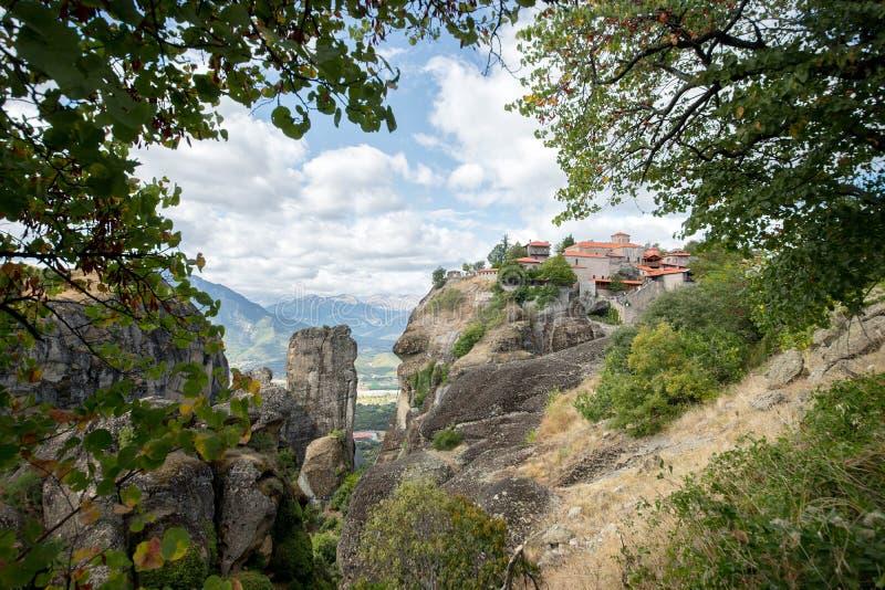 Grande vue de monastère de météore, monastères de Meteora, Trikala, Thessalie, Grèce image libre de droits