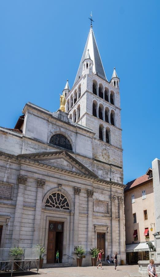 Grande vue pamoramic d'Eglise Notre Dame de Liesse Annecy, la Haute-Savoie, France image libre de droits