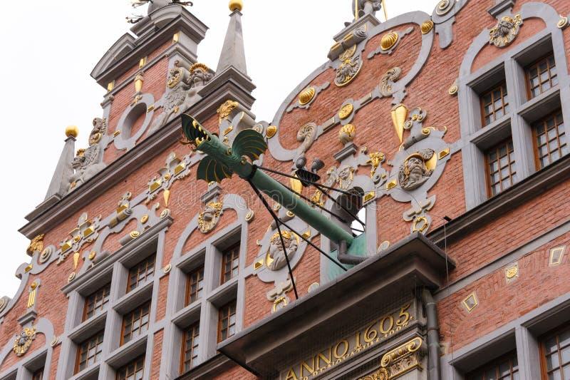 Grandes canalones del dragón del arsenal de Gdansk imagen de archivo libre de regalías