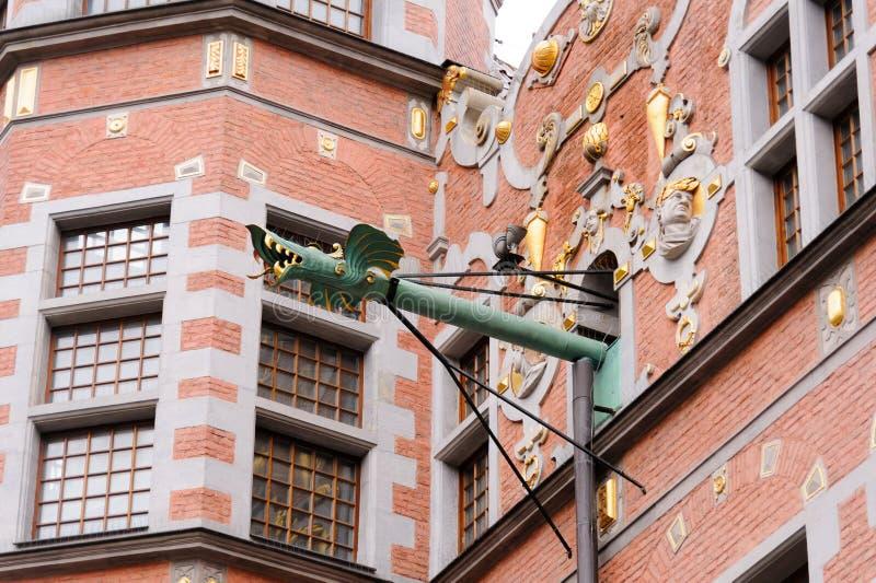 Grandes canalones del dragón del arsenal de Gdansk imagen de archivo
