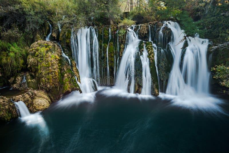 Grandes cascadas de Una en MArtin Brod, Bosnia y Herzegovina fotografía de archivo libre de regalías