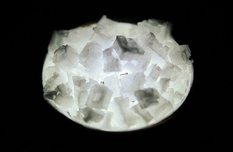 Grandes cristais Backlit de sal imagem de stock royalty free