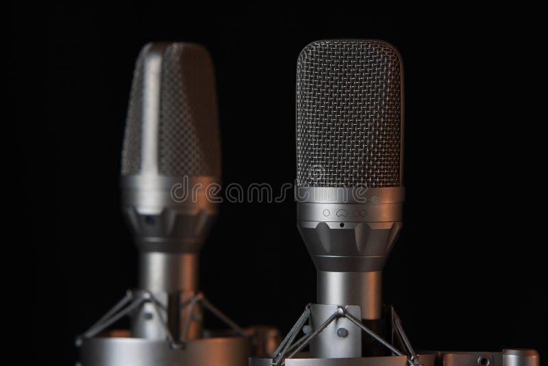 Grandes microfones do estéreo do diafragma foto de stock royalty free