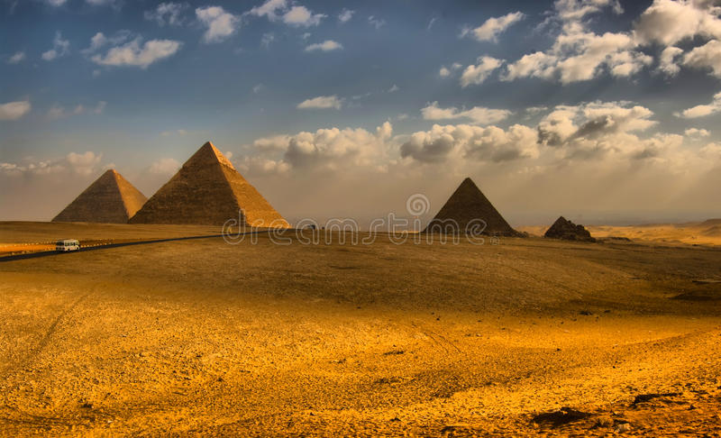 Grandes pirâmides egípcias imagem de stock
