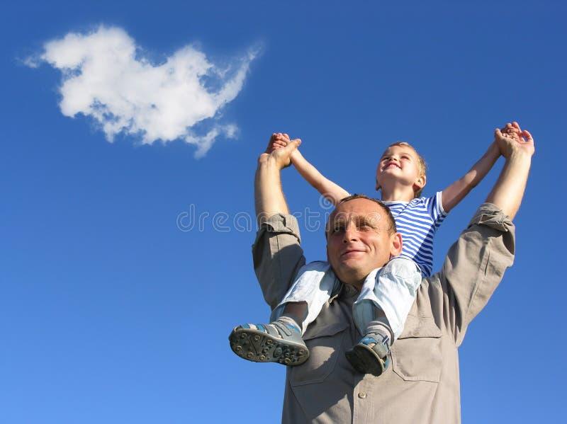 Grandfamily mit Wolke stockbild