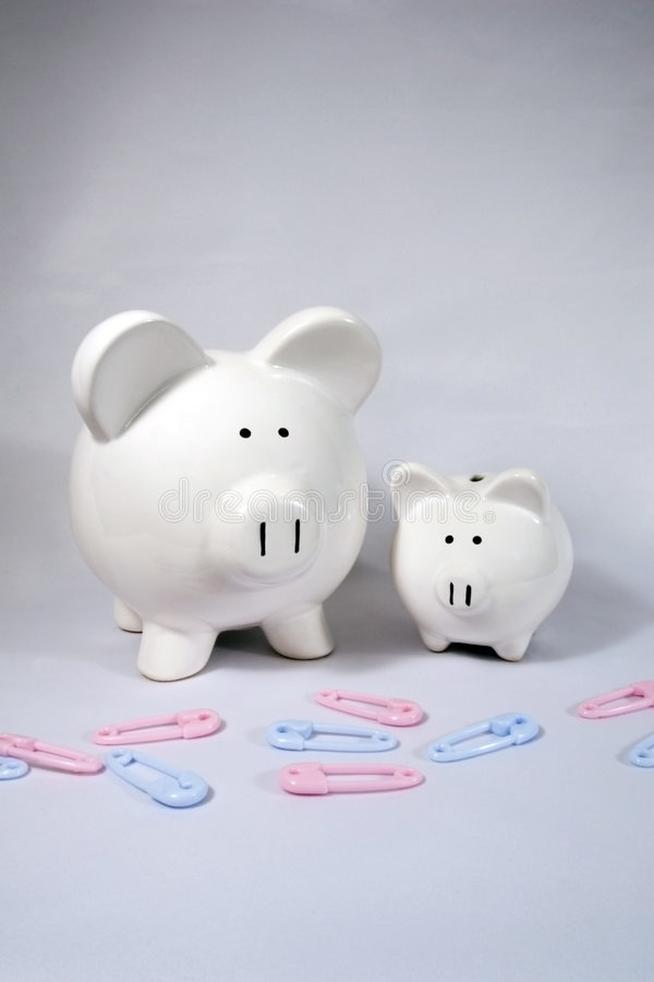 Grandi e piccole banche Piggy fotografia stock libera da diritti