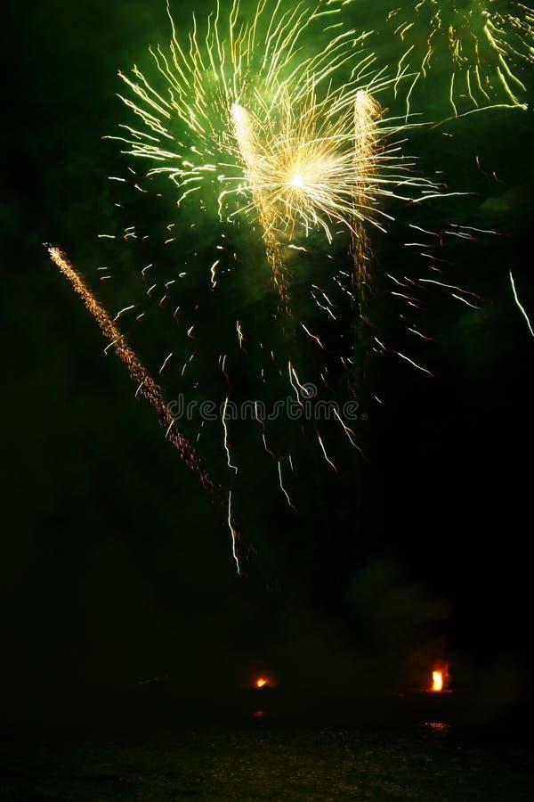 Grandi fuochi d'artificio fotografia stock