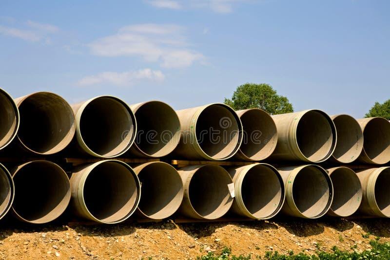 Grandi tubi lunghi immagini stock libere da diritti