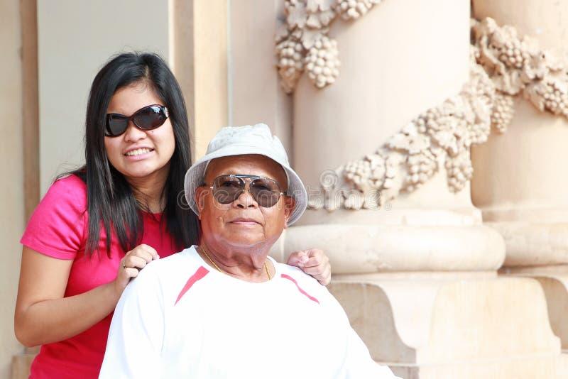 Grandpa & έφηβος στοκ φωτογραφίες με δικαίωμα ελεύθερης χρήσης