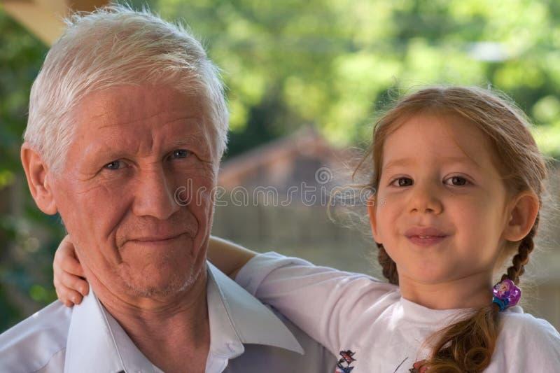 grandpa девушки поколений стоковое изображение