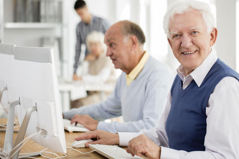 Seniors Dating Online Websites No Payment Required