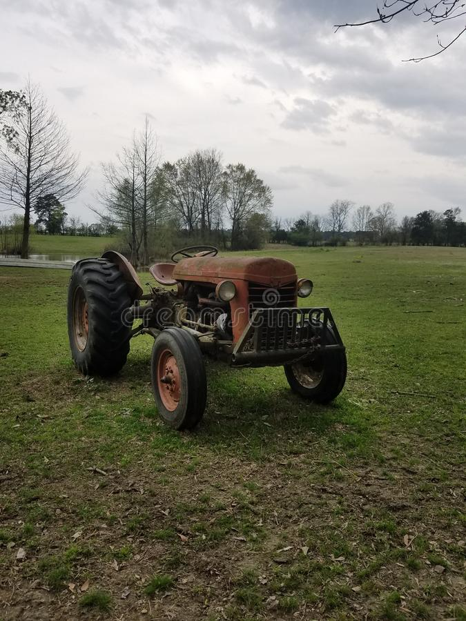 Grandpa& x27; трактор s стоковое изображение