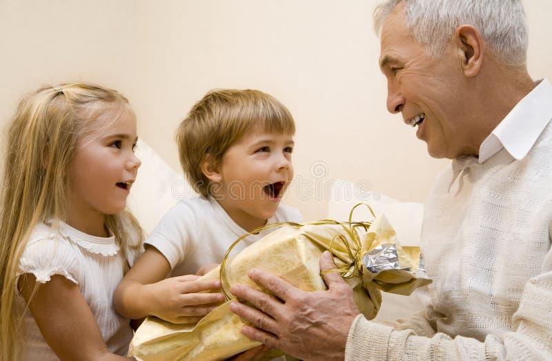 Grandpa 2. Children make a present to their grandpa