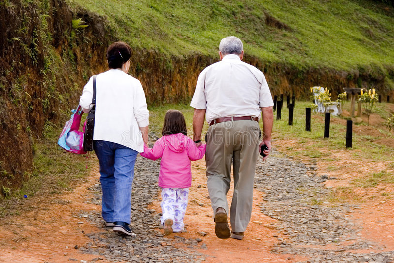 Grandparents e neta foto de stock royalty free