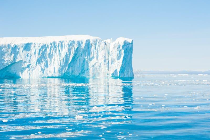 Grands icebergs au Groenland photographie stock libre de droits