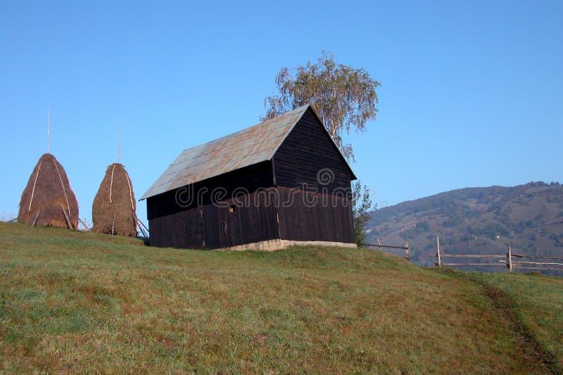 Granero en la colina