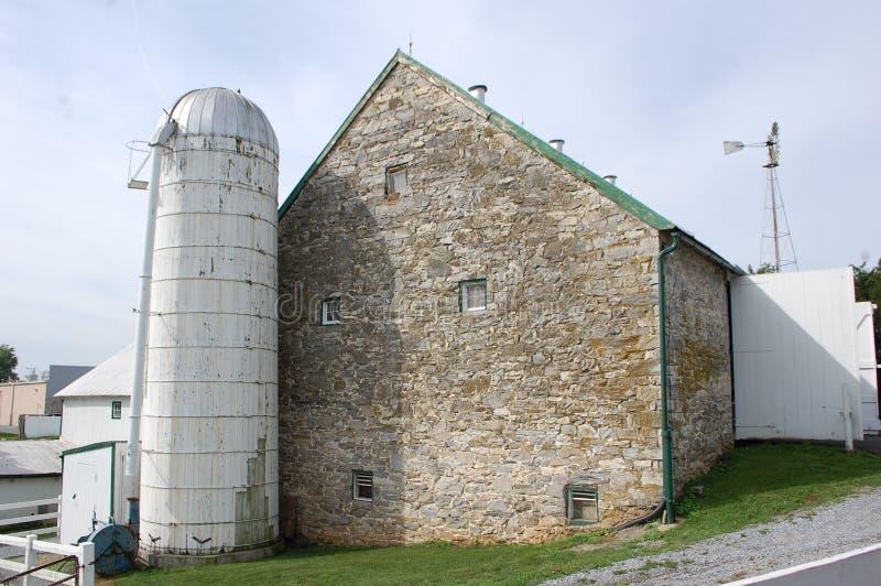 Grange en pierre photographie stock