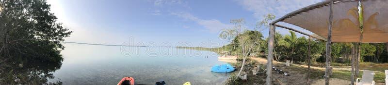 Granica laguna, relaksujący tryb obrazy royalty free