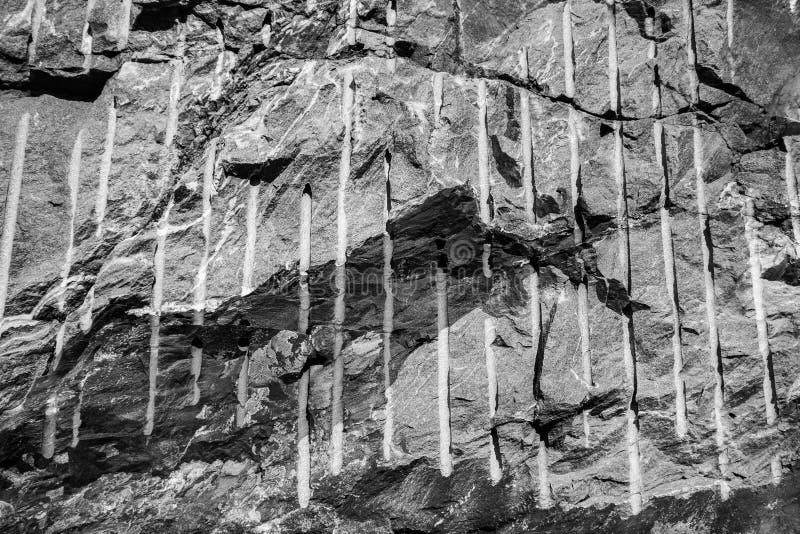 Download Granit ściana zdjęcie stock. Obraz złożonej z podłoga - 53779632