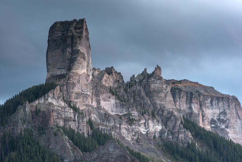 Granit-Festung im Himmel stockbilder